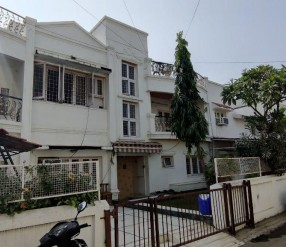5 Bhk Raw House For ..